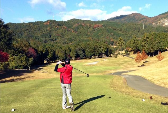 秋ゴルフファッション