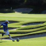 フットゴルフとは? サッカー×ゴルフが融合したスポーツを紹介します